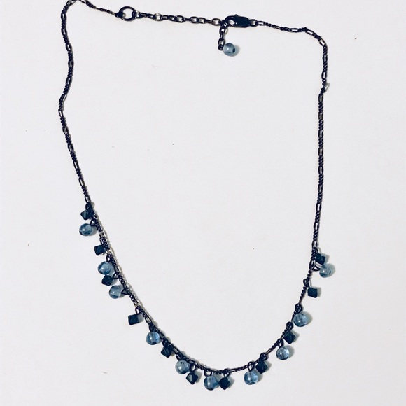 LOFT Jewelry - Delicate necklace with beads of blue